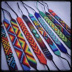 off loom beading techniques Loom Bracelet Patterns, Seed Bead Patterns, Bead Loom Bracelets, Jewelry Patterns, Beading Patterns, Beading Ideas, Beading Supplies, Making Bracelets With Beads, Beading Techniques