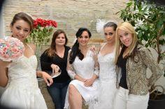 Galeria de fotos - Produção de Noivas, de cabelos e maquiagens pela Conceito hef cabelo e Estética. Contato Tel: (11) 3898.1217 / (11) 3081.4253 #Conceitohef #GaleriadeFotosdeNoivas #Noivas #Maquiagem #Maquiagens #Cabelos #Vestidos #DiadeNoiva http://www.conceitohef.com.br/galeria/producao-noivas