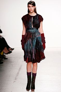 OOOK - John Galliano - Women's Ready-to-Wear 2014 Fall-Winter - LOOK 21 | Lookovore