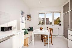 (3) FINN – Sandaker - Meget koselig 3-roms hjørneleilighet med sydøstvendt balkong - Idyllisk fellesareal - Veldrevet boligselskap