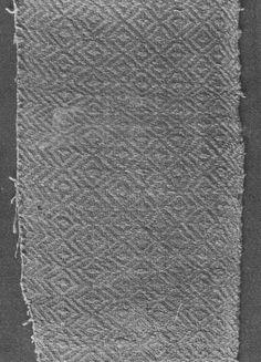 V  Linen 1400s, Italian ?; Diaper pattern, green