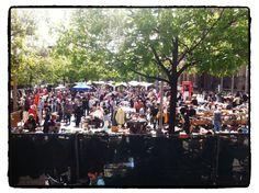 Flohmarkt am Rathaus Schöneberg   Samstag & Sonntag