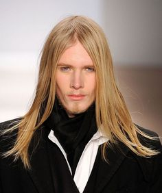 Very Long Hairstyles for Men: Very Long Hairstyles For Men With Straight Hair 854x1024 Hipsterwall ~ frauenfrisur.com Hairstyles Inspiration