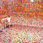 The Obliteration Room, a brilliant installation by Yayoi Kusama. The Queensland Gallery of Modern Art was made to look like the interior of Yayoi Kusama, Interactive Installation, Installation Art, Brisbane, Galerie D'art Moderne, Tokyo Museum, Gallery Of Modern Art, Dot Day, Colossal Art