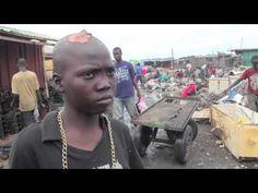 Børnearbejde på elektronik-losseplads i Ghana - YouTube