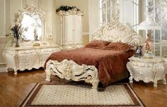 Set Furniture Kamar Ukir Mewah ini tergolong kamar tidur ukir modern dan Set Furniture Kamar Ukir Mewah ini dicat dengan warna putih duco dan didesain dengan model terbaru