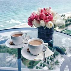 Lattes for two, by the sea!