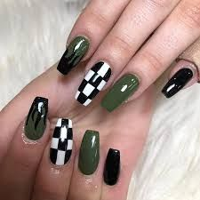 Resultado de imagen para mistica instagram Nails, Instagram, Painting, Beauty, Finger Nails, Ongles, Painting Art, Nail, Cosmetology