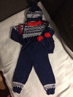 Mariussweater, pants, beanie and mitten seize 1 year