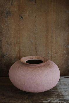 KAZUNORI HAMANA I make tsubo (ceramics) on the pacific coast, Chiba Japan.