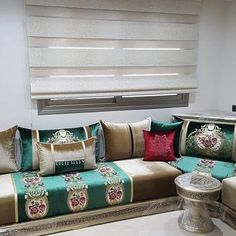 Living Room Sofa Design, Home Room Design, Custom Pillows, Decorative Pillows, Luxury Chairs, Awesome Bedrooms, Floor Cushions, House Rooms, Fabric Decor
