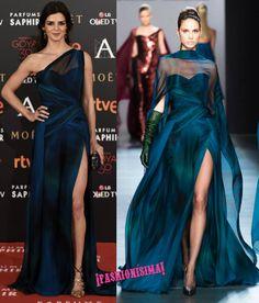 Cuesta de creer que el vestido que ha lucido Clara Lago sobre la alfombra roja de los premios Goya 2016 sea del mismo diseñador que el del look que llevaba Nie