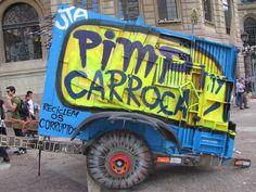 Foi em fevereiro que 2012 que surgiu o Pimp My Carroça com a ideia de aprimorar e tornar coletivo o projeto do artista. A primeira edição rolou durante a Virada Sustentável no Vale do Anhangabaú, São Paulo, em junho do mesmo ano. A adesão foi tão grande que em julho de 2014 surgiu a PIMPEX, uma mini-versão independente e autônoma do projeto para chegar em mais cidades.