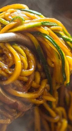 Easy 10 Minute Asian Zucchini Noodles (low-carb, Paleo): c soy sauce, 1 tsp Sriracha, brown sugar or honey - I made just the sauce to put on stir fried veggies. Will definitely make again! Zoodle Recipes, Spiralizer Recipes, Vegetable Recipes, Asian Recipes, Low Carb Recipes, Vegetarian Recipes, Cooking Recipes, Healthy Recipes, Paleo Food