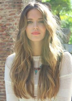 Highlighted Waves - Hair Inspiration and Makeup Inspiration