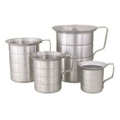 Browne Foodservice ML20 Aluminum Liquid Measuring Cup, 2-Quart by Browne Foodservice. $7.17. Measures 6-5/8-inch height by 6-1/8-inch diameter by 1.8-mm thickness. The measuring capacity of this cup is 2-quart.. Capacity markings. The measuring capacity of this cup is 2-quart. Made from seamless heavy-duty aluminum. For home or commercial kitchens, proper measuring tools is a must as it ensures you will produce a consistent product.  This liquid measuring cup has a large ri...