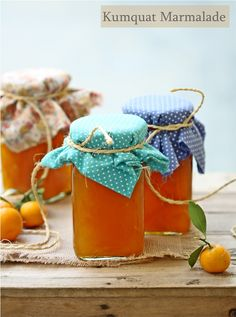 Kumquat Marmalade, squeeze over sieve, reserving seeds. Keeping seeds in sack, cook with fruit, acts as pectin Kumquat Marmalade Recipes, Kumquat Recipes, Cooking Jam, Kumquat Tree, Canning Pickles, Pots, Jam And Jelly, How To Make Jam, Liqueur