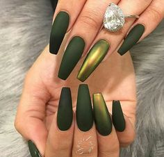 Matte Green and Metallic Nails – Long Nails – Long Nail Art Designs Gorgeous Nails, Pretty Nails, Crome Nails, Metallic Nails, Olive Green Matte Nails, Olive Nails, Dark Green Nails, Green Nail Art, Glitter Nails
