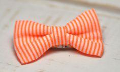Barrette bébé clic-clac petit nœud / Orange fluo à rayures blanches : Accessoires coiffure par noeud-vous-deplaise