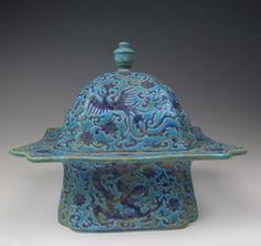 Ming Dynasty porcelain box