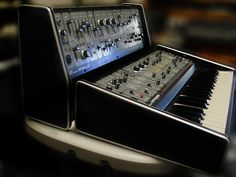 1976: SYSTEM-100