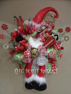 Santa mesh wreath