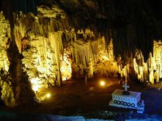 #DidYouKnow There are more than 3000 caves in #Crete Colorful Caves Melidoni and Sfendoni in Crete, Greece