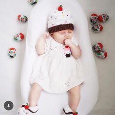 Nido Ergonomico Cocoonababy di Red Castle • La soluzione perfetta per il riposo ed il completo sviluppo del bambino. • #cocoonababy #redcastle #neonato