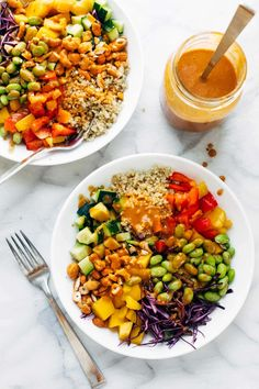 Low Carb Recipes To The Prism Weight Reduction Program Quinoa Crunch Salad Crunchy Rainbow Veggies, Juicy Fresh Mango, Fluffy Quinoa, Chili Lime Cashews, And Some Creamy Peanut Dressing. Clean Eating Recipes, Clean Eating Snacks, Lunch Recipes, Beef Recipes, Salad Recipes, Healthy Eating, Healthy Recipes, Cod Recipes, Healthy Breakfasts