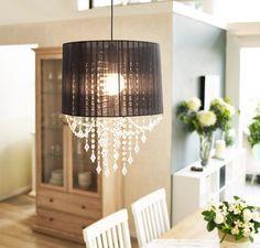 Un #clásico que sigue encantando, una #lámpara de #lágrimas para darle un toque #elegante a tu #casa <3 #Iluminación #Homy