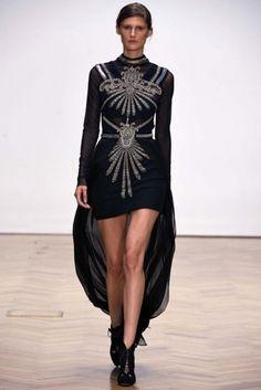 Sass & Bide Ready-to-Wear S/S 2013 - Vogue Australia