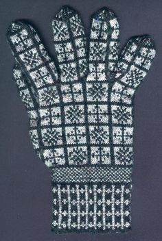 Compass Rose Sanquhar Gloves Pattern