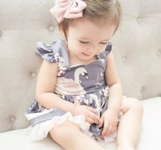 Hey, I found this really awesome Etsy listing at https://www.etsy.com/listing/501898147/swan-dress-for-babies-and-toddlers