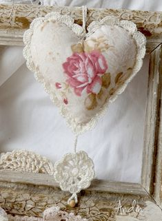 Heart with crochet trim