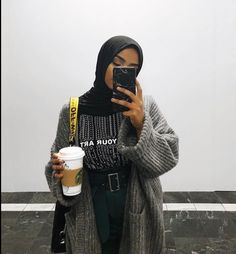 Image may include: one or more persons, standing persons, telephone, drink and close-up - Muslim Fashion Modern Hijab Fashion, Street Hijab Fashion, Hijab Fashion Inspiration, Muslim Fashion, Modest Fashion, Casual Hijab Outfit, Hijab Chic, Mode Outfits, Fashion Outfits