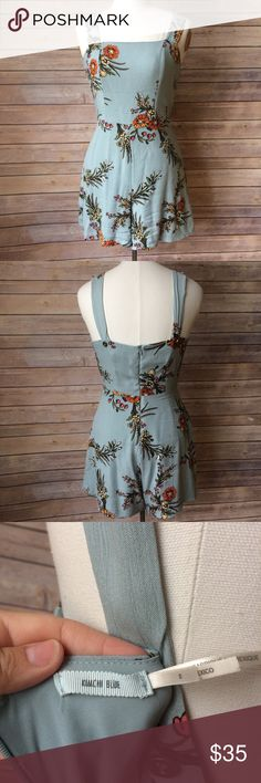 Kimchi Blue Floral Romper Urban Outfitters Kimchi Blue floral romper. Has rear zipper and is fully lined. Has extra button on each strap to add length. Labeled size 2 Kimchi Blue Other