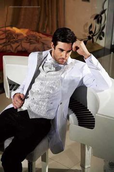 White Black Silver Wedding Suit Tuxedo Party Ball Gown Best Men Groomsman Coat Tie Pants Custom