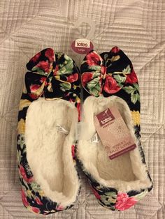 TOTES Ladies BALLET slippers L UK7/8  EU40/41 BNWT Poll on slippers