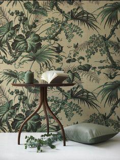 Braquenie silk wallpaper