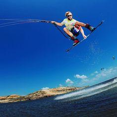 @samlight1 style for days.... #kiteboarding by slingshotkite