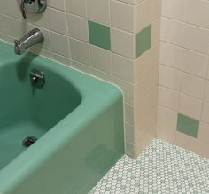 174 Best Vintage Green Tiled Bathroom Images Bathroom Toilets - Retro-green-bathroom-tile