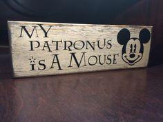Harry Potter / Disney Sign – My Patronus is a Mouse – Harry Potter & Disney Wood Home Decor / Sign – Mickey Mouse – Expecto Patronum Disney Kitchen Decor, Disney Home Decor, Disney Crafts, Quirky Home Decor, Wood Home Decor, Home Decor Signs, Room Decor, Harry Potter Disney, Deco Disney