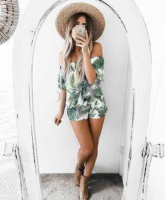 Palms set shopmaccs.com Summer Outfits 2017, Vacation Outfits, Boho Fashion, Fashion Outfits, Womens Fashion, Island Wear, Short Outfits, Instagram Fashion, Boho Shorts