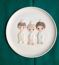 """Precious Moments """"Wee Three Kings"""" Collectors Plate/Precious Moments Christmas Collection/Vintage Precious Moments Plate/Christmas Plate by NatomisTreasures on Etsy"""