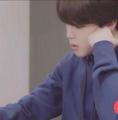#music #kpop #bts #jimin #2018BTSFESTA Sad Faces, Meme Faces, Why I Love Him, Professional Dancers, Kpop, Wattpad, Yoonmin, Bts Boys, Jikook