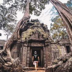 Siem Reap City Guide - All About Siem Reap & Angkor Wat, Cambodia Siem Reap, Great Places, Places To See, History Of Buddhism, Ancient Ruins, Angkor Wat, Ta Prohm, Solo Travel, Travel Style