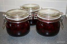 kirsikkahillo Mason Jars, Home Decor, Decoration Home, Room Decor, Canning Jars, Glass Jars, Jars, Interior Decorating, Mason Jar