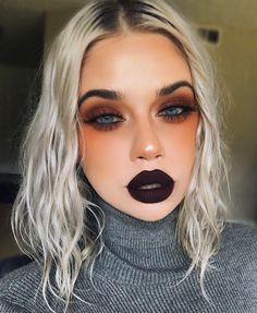 "12.2k Likes, 160 Comments - Lauren Rohrer 👽💋 (@laurenrohrer) on Instagram: ""🦉🍂🍁 @limecrimemakeup Velvetine in Night Shade from the Slither Trio + Venus Palette Blazing from…"" Gorgeous Eyes, Gorgeous Makeup, Makeup Lessons, Makeup Tips, Black Eye Makeup, Cool Eyes, Halloween Face Makeup, Eyeshadow, Beautiful Eyes"