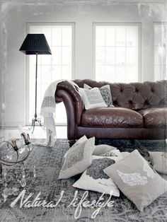 Natural lifestyle..Christmas. Leather and pillows on the floor, cozy!