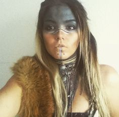 I like the lines over the nose and down the chin Halloween Kostüm, Halloween Makeup, Witch Makeup, Halloween Costumes, Tribal Face Paints, Post Apocalyptic Fashion, Apocalyptic Clothing, Tribal Makeup, Style Hipster